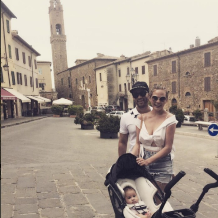 <h2>John Legend, Chrissy Teigen and Luna</h2>