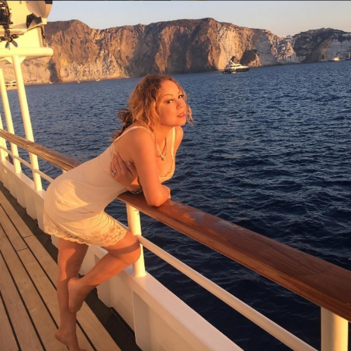 <h2>Mariah Carey</h2>