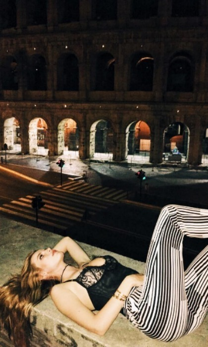<h2>Bella Thorne </h2>