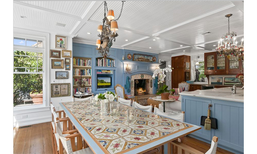 "The supermodel once told <i>People</i> that the kitchen's fireplace was a labour of love. ""I made it myself, [the] stones are from the end of the beach.""