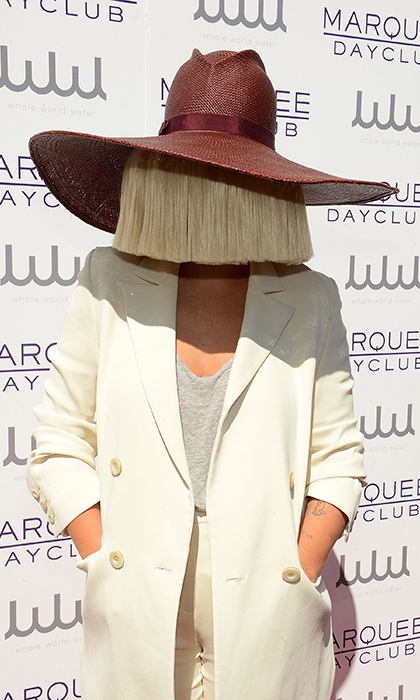 <h2>SIA</h2>