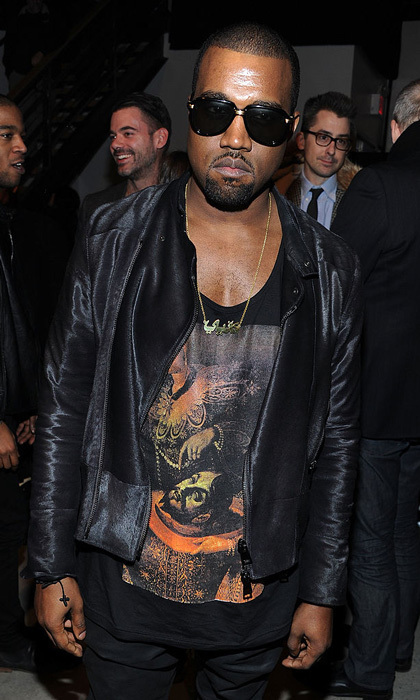 <strong>November 2010</strong>