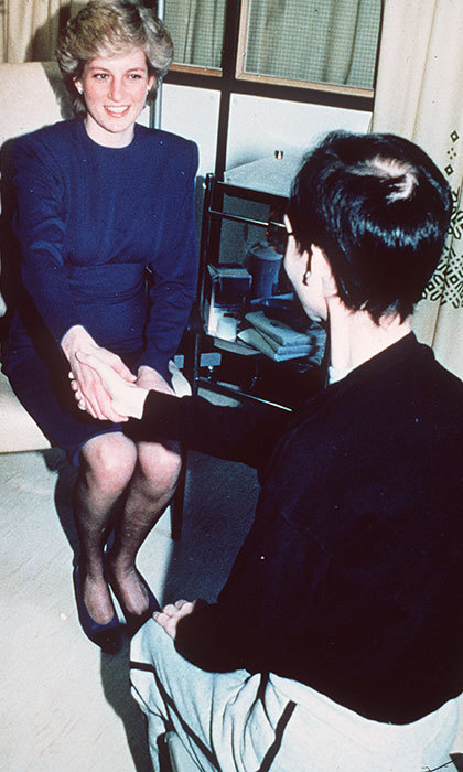 Princess Diana held hands with a patient suffering from AIDS in 1987. 