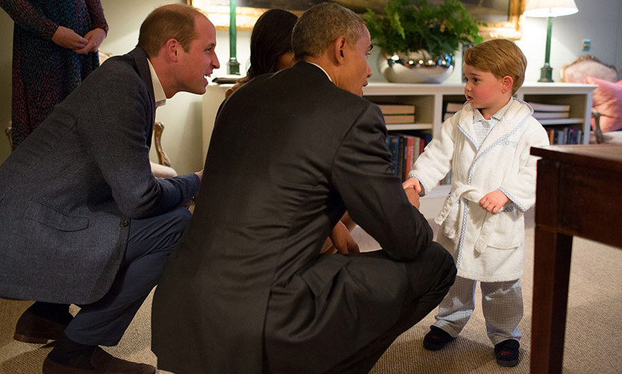 Prince George stole the show when he stayed up past his bedtime to meet US President Barack Obama and First Lady Michelle Obama in his pyjamas.