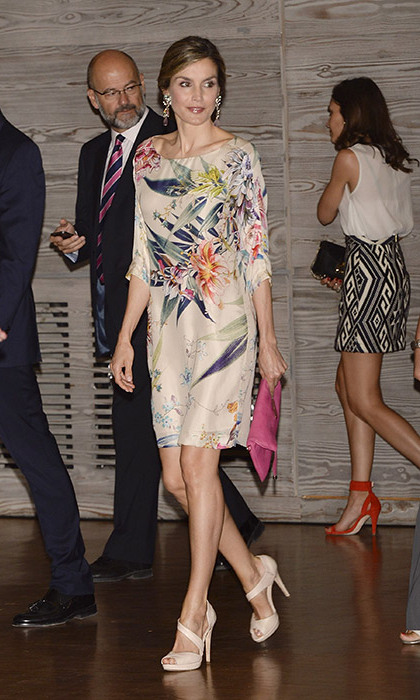 Queen Letizia of Spain stole the show in this stylish, pale cream dress with a bold flower print at the National Fashion Awards.