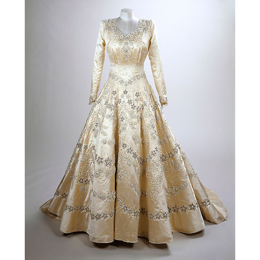 Her iconic wedding dress that was designed by Sir Norman Hartnell can also be viewed.