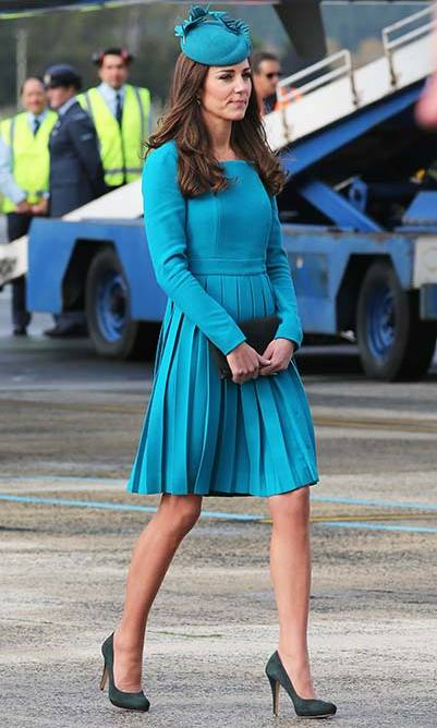 The Duchess wore an aquamarine Emilia Wickstead dress as she touched down at Dunedin International Airport in New Zealand.