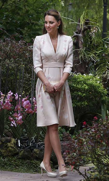 The Duchess chose an orchid print Jenny Packham dress and LK Bennett heels for a visit to Singapore's Botanic Gardens.