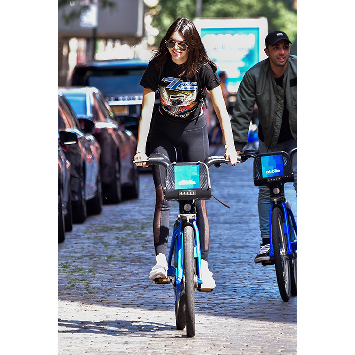 Kendall Jenner enjoyed the sunshine in New York while biking around the city with a friend. 