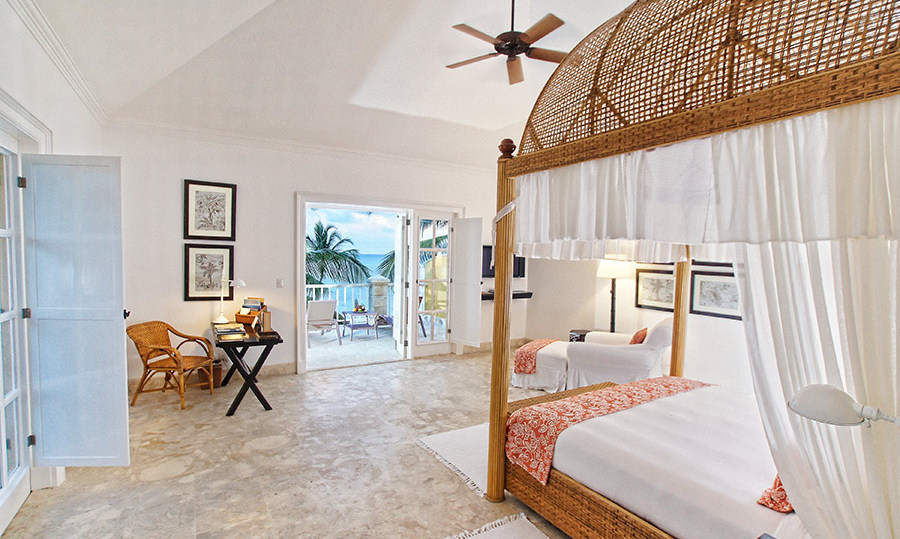 <h4>Oscar de la Renta<br>Tortuga Bay, <em>Punta Cana</em>, <em>Dominican Republic</em></h4>