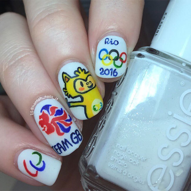 "We're loving the way <a href=""https://www.instagram.com/hannah_nails_it/"" target=""_blank"">@hannah_nails_it</a> has not only shown her support for Team GB but has also celebrated the Rio games by paying tribute to this year's Olympic mascot! 