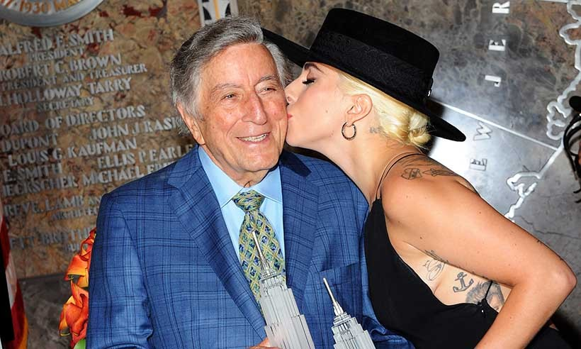 Lady Gaga helped her good friend Tony Bennett celebrate his 90th birthday at the Empire State Building in New York. <br>Photo: © Getty Images