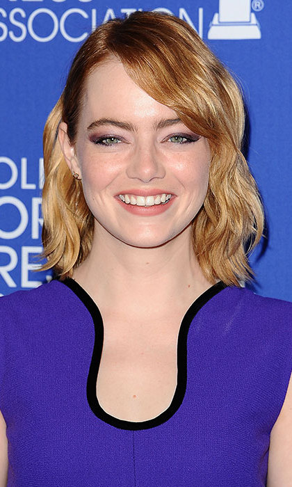 Emma Stone gave us short hair envy with her wavy bob – for a glamorous daytime look, take a leaf out of the actress' book and stick to soft smokey eye make-up. 