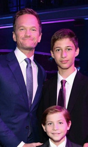 "The young actor reunited with his ""first movie dad"" and <i>Smurfs 2</i> co-star Neil Patrick Harris at the <i>CNN Heroes: An All-Star Tribute</i> in 2015.
