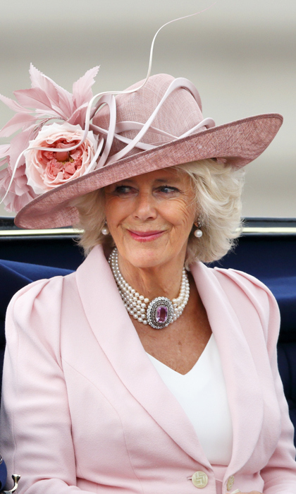 It was widely reported that this stunning pink topaz and five-strand pearl choker was gifted to the Duchess of Cornwall by her husband Prince Charles in celebration of their wedding. The show-stopping centre stone is surrounded by row upon row of dazzling diamonds. 