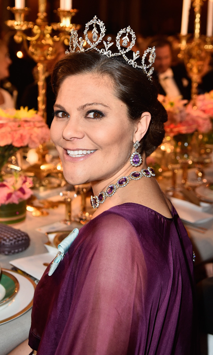 Princess Victoria of Sweden's amethyst necklace is actually two bracelets linked together! The pieces are part of the family's Josephine of Leuchtenberg's Amethyst Tiara and Parure.   