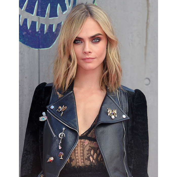 Cara looked as edgy as ever for the <em>Suicide Squad</em> premiere with smokey eye make-up and her hair left down in its natural waves for an effortlessly cool finish. 