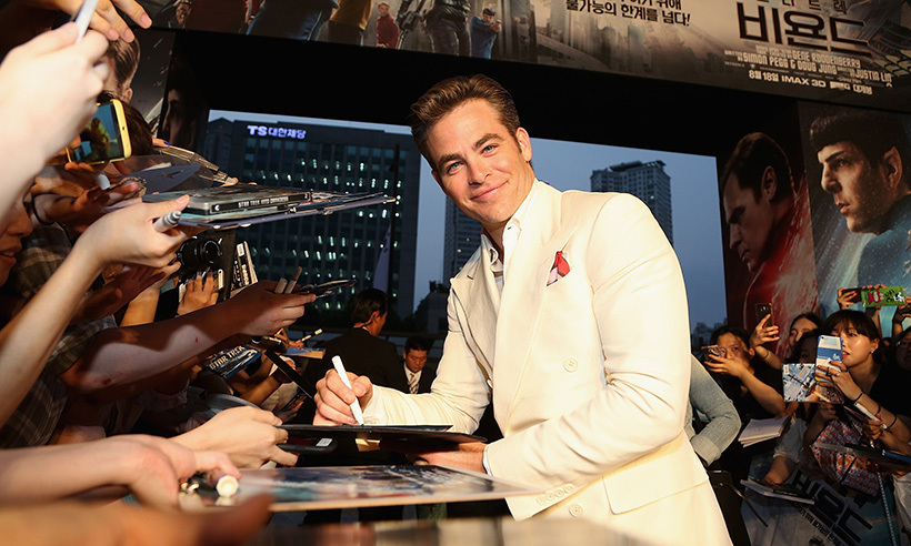 Chris Pine looked picture perfect as he signed autographs at a screening of <i>Star Trek Beyond</i> in Seoul, South Korea.