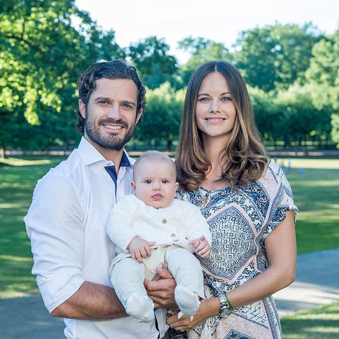 New photos of Prince Alexander of Sweden and his parents have been released.
