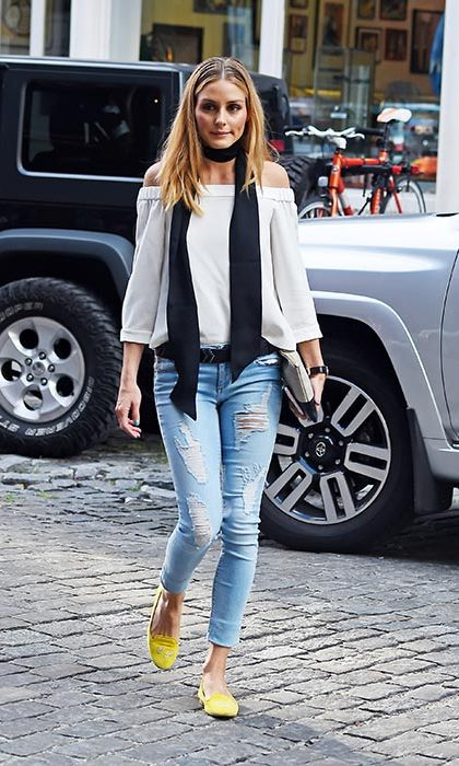 Another off the shoulder Tibi top, this time paired with Black Orchid jeans, a Paige scarf skinny scarf and her much-loved initial pumps. 