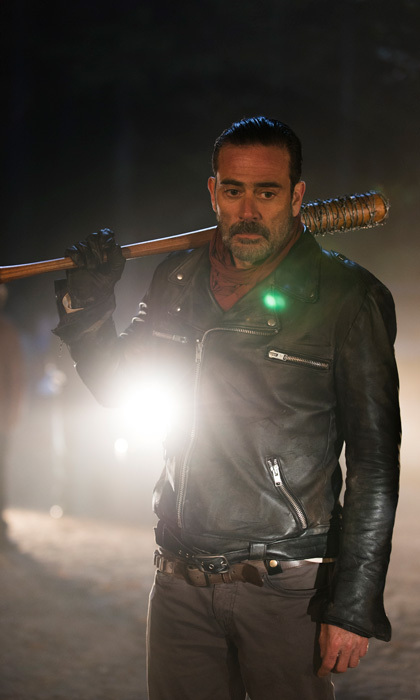 "<span style=""font-size: larger; font-weight: bold;"">THE WALKING DEAD</span><br><span style=""font-size: large;""><strong>PREMIERE</strong> Oct. 23, AMC</span>