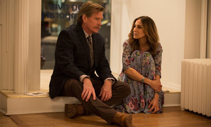 "<span style=""font-size: larger; font-weight: bold;"">DIVORCE</span><br><span style=""font-size: large;""><strong>PREMIERE</strong> Oct. 9, HBO Canada</span>