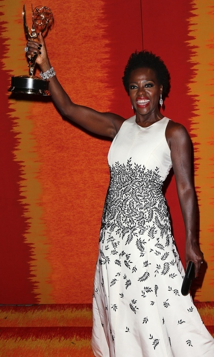 <h3>VIOLA DAVIS</h3>