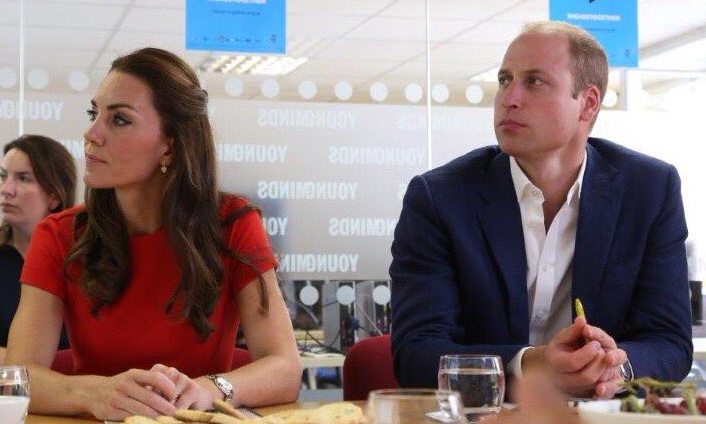 "Kensington Palace: ""The Duke & Duchess continue their @heads_together campaign to end mental health stigma @YoungMindsUK helpline today.""