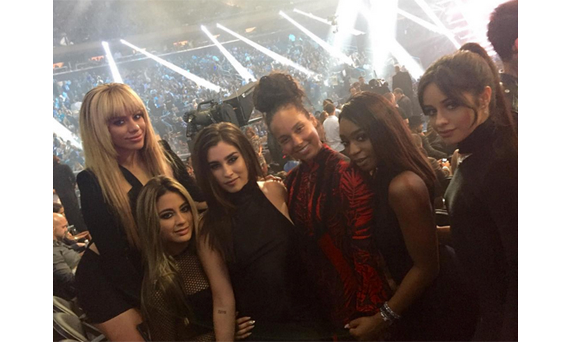 Best Collaboration winners Fifth Harmony posed with Alicia Keys. 