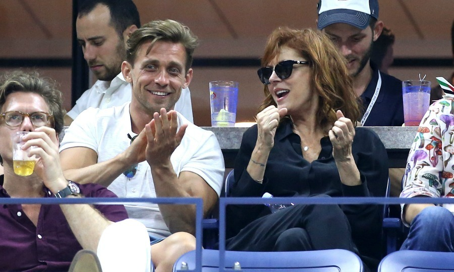 Susan Sarandon was all in as she watched the Men's Singles match between Novak Djokovic and Jerzy Janowic from the Emirates Suite.