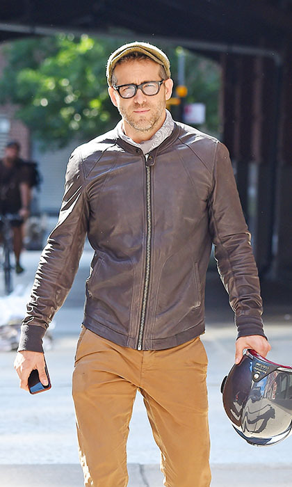 Ryan Reynolds looked like one cool rider as he hit the streets in Tribeca.  