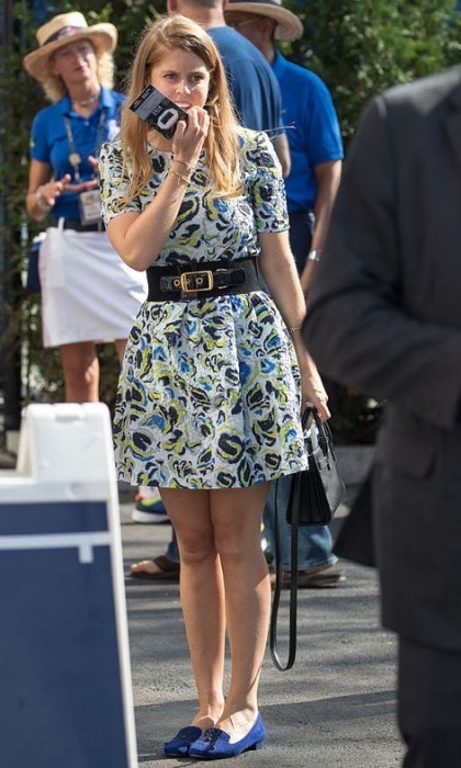 Princess Beatrice was stylish in blue flats as she arrived to the US Open for the Novak Djokovic vs. Gael Monfils semifinal match.