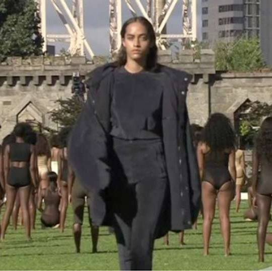 "One model, resembling Malia Obama, sent the Internet into a frenzy questioning whether or not the first daughter was walking in the Yeezy 4 show. The look-alike prompted Tweeters to tweet, ""Wait Kanye got Malia Obama? WHAT? #YeezySeason4"" and another, ""I'm shook @ MALIA OBAMA walking #YeezySeason4!!!! This girl is my cup of tea!