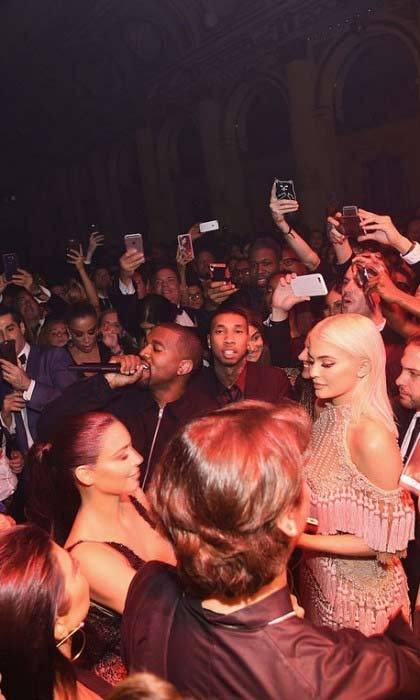 During his performance, Kanye West jumped into the crowd to dance alongside his Kardashian-Jenner family. At the end of his set, Kanye said that Carine Roitfeld, host of the evening, is an icon before dropping his mic and walking off stage in true Yeezy fashion.