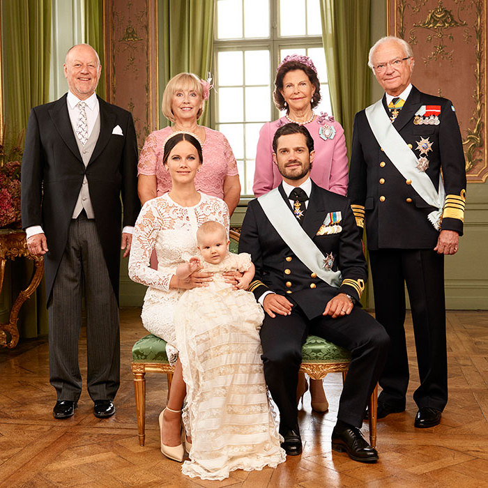 Sofia and Carl Philip also posed with their parents.