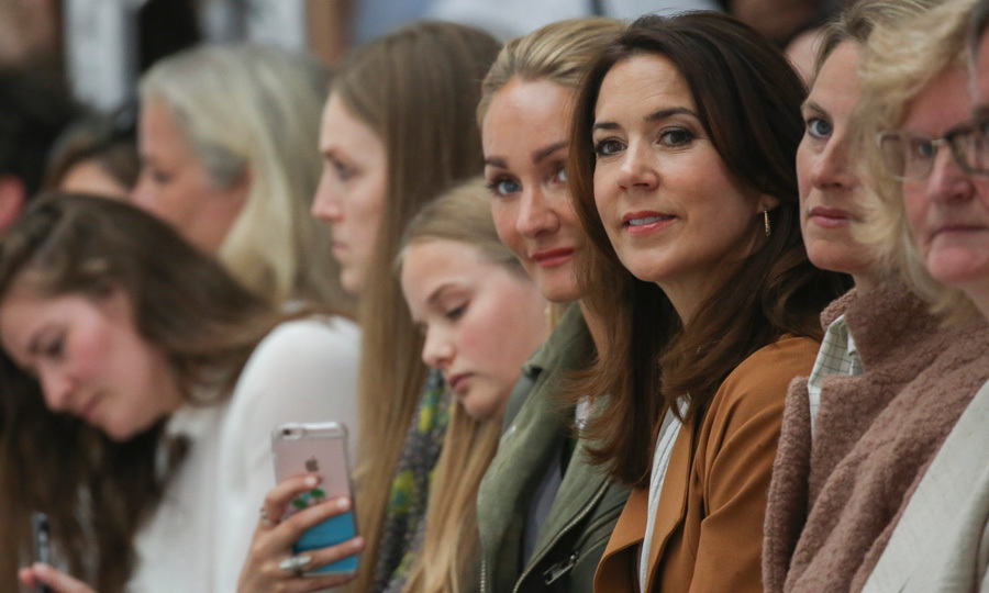 Crown Princess Mary of Denmark took her seat in the front row to watch the 2016 Fonnesbech show during Copenhagen Fashion Week Spring/Summer 2017.