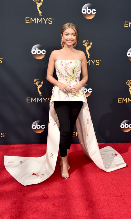 Sarah Hyland in Monique Lhuillier.