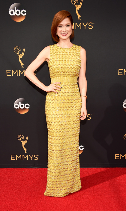 Ellie Kemper in Jenny Packham.