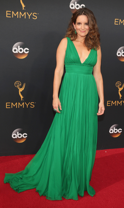 Tiny Fey in Oscar de la Renta.