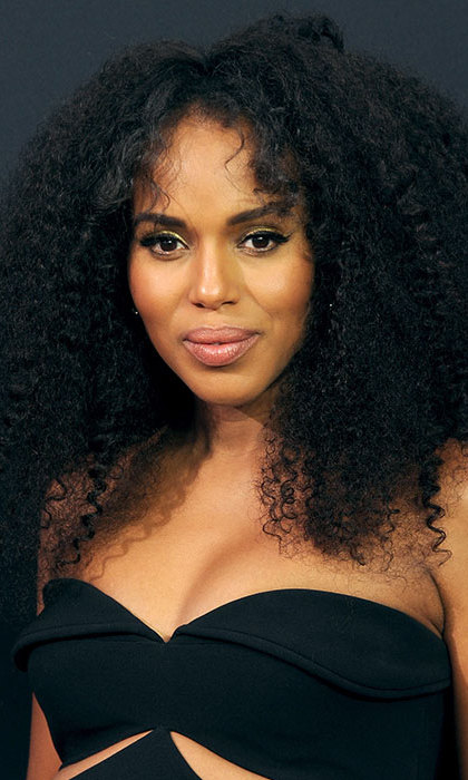 Kerry Washington floored her fans with her voluminous curly hairstyle – not to mention the fact that her eyeliner's feline flick was flawless. 
