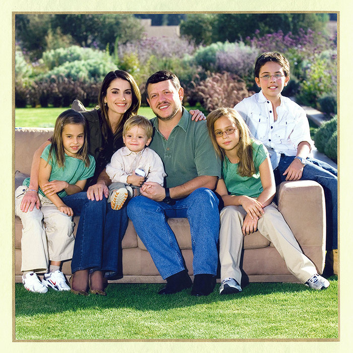 <p>The family also regularly send out a New Year's greeting card, featuring Rania and Abdullah with their four children.
