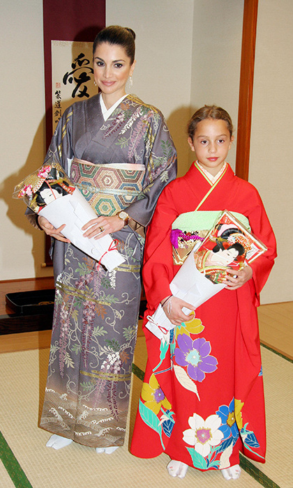 <p>When Iman was just ten years old, she accompanied her mum Rania on an official visit to Japan.