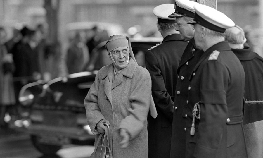 Princess Alice passed away in London on 5 December 1969, aged 84. 