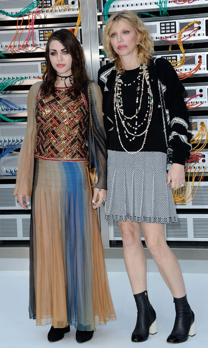 It was a fashionable mother-daughter date for Frances Bean Cobain and Courtney Love at the Chanel show.