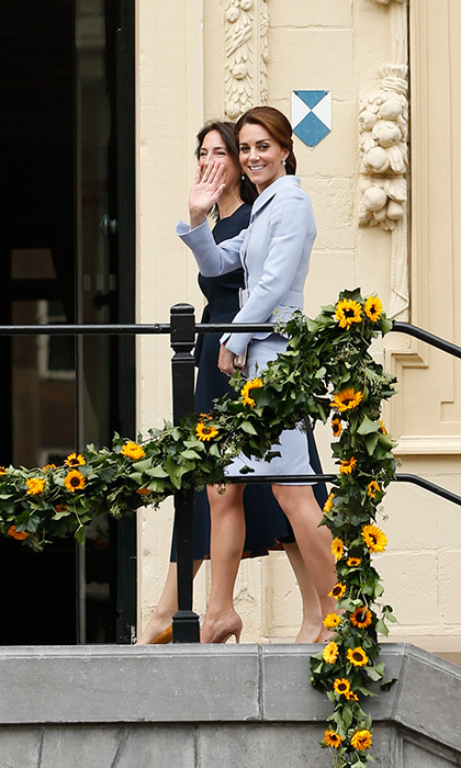 The Duchess looked elegant in a Catherine Walker outfit.