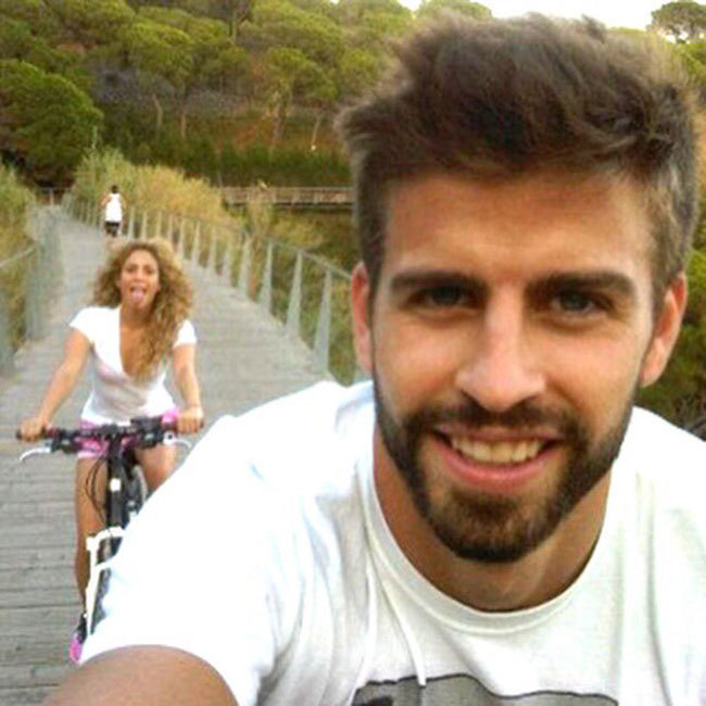 Shakira posted this sweet snap of herself and footballer husband Gerard Pique enjoying a leisurely bike ride. 