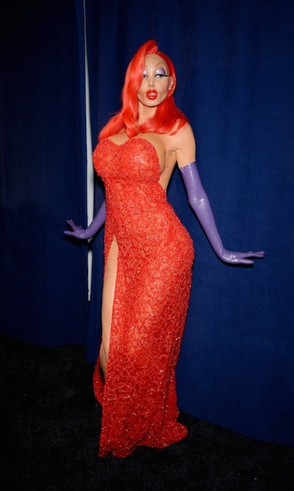 Heidi Klum remains the Queen of Halloween thanks to her unrecognizable transformation into Jessica Rabbit. 