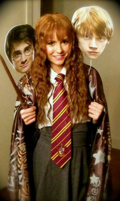 Nina Dobrev didn't leave Harry Potter and Ron behind when she hit the streets in 2011 as Hermione Granger. 