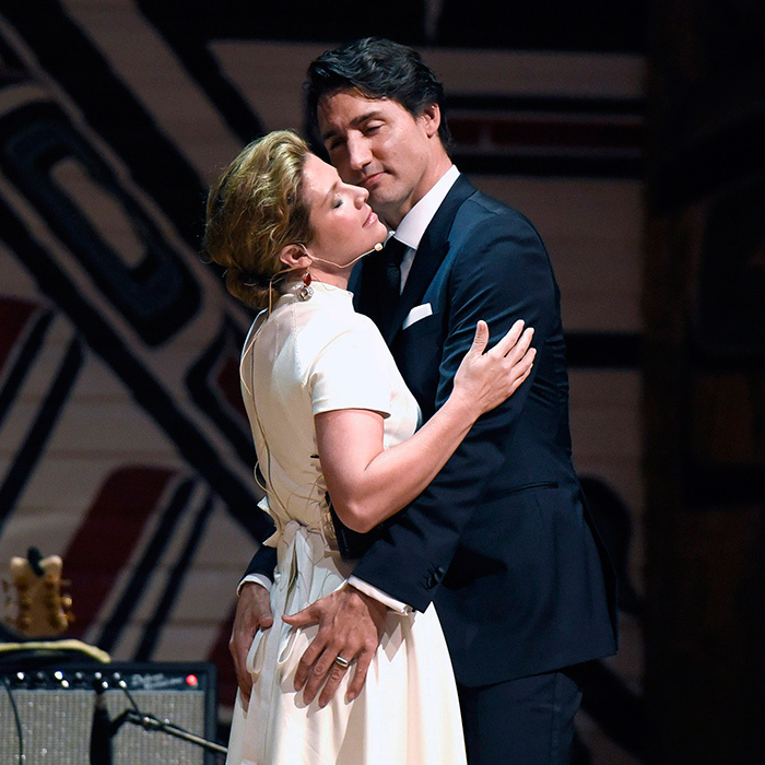 Sophie and Justin playfully poked fun at the criticism she and her husband have received in the media during a hilarious speech at the Press Gallery gala in Ottawa on June 5. The loving couple even recreated the sexy pose from their <em>Vogue<em> spread onstage – a cheeky nod to their reputation for over-the-top PDA.<br>Photo: Justin Tang/CP