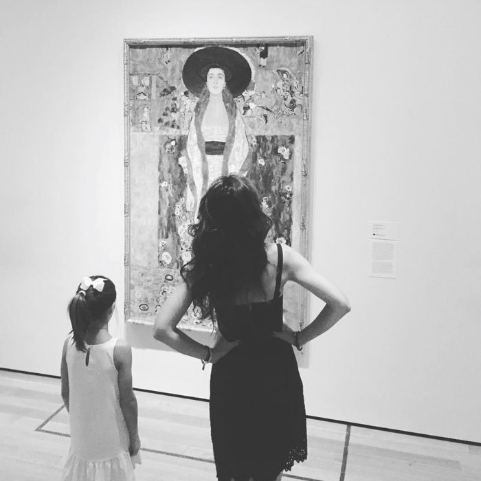 It was a day at the museum for Katie Holmes and her daughter Suri Cruise. The pair took in the exhibits at New York's MoMa.